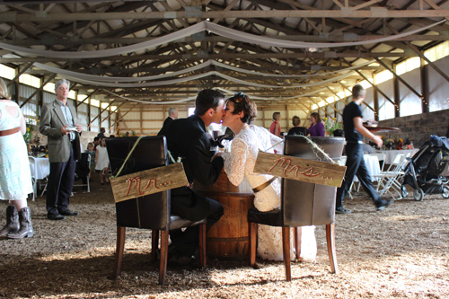 Keen and Nick were married on their farm on September 27, 2014.