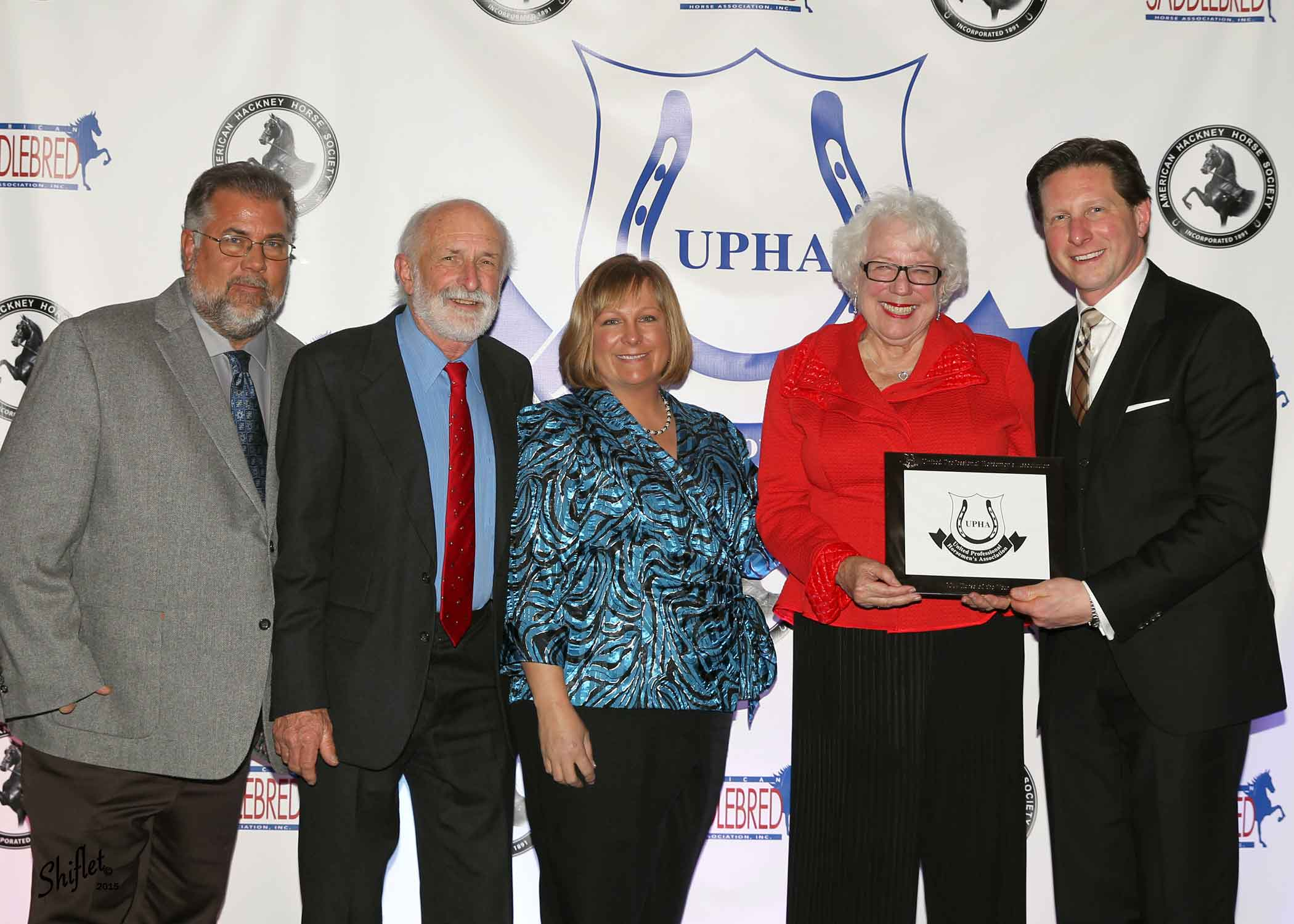 Sandra Surber, joined by her husband Ted and Rich and Maureen Campbell was the AHHS Ann Lee Spires Amateur Award recipient.